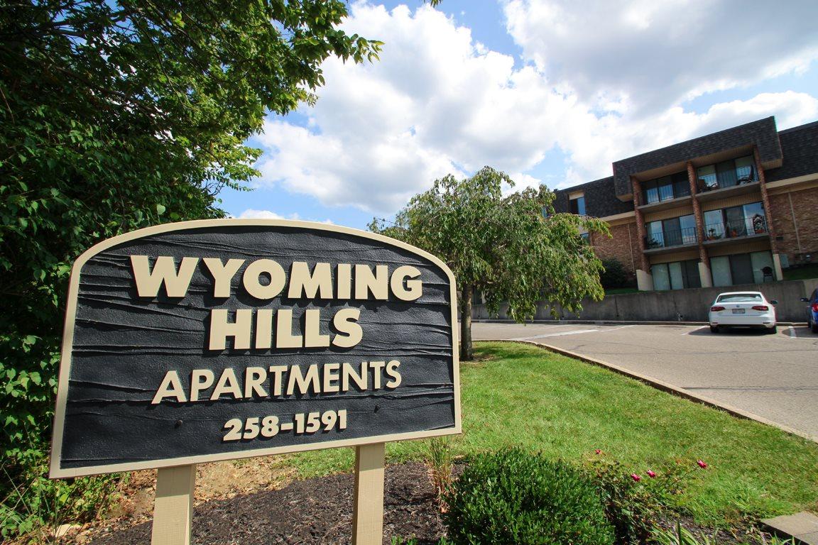 WyomingHills_001